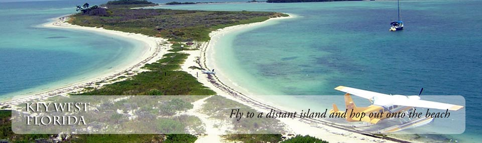 Seaplane at the beach of Dry Tortugas National Park